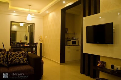 Rajshree Sanjay-NeoTown, EC: modern Dining room by Interiors by ranjani