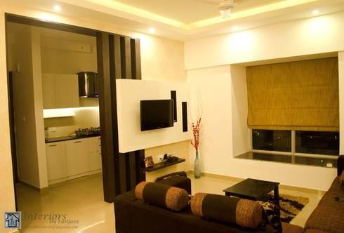 Rajshree Sanjay-NeoTown, EC: modern Living room by Interiors by ranjani
