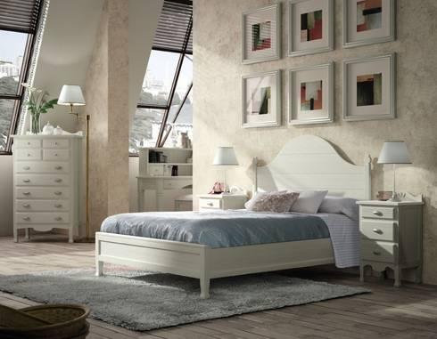 Dormitorio Matrimonio Decco: Dormitorios de estilo  de Paco Escrivá Muebles
