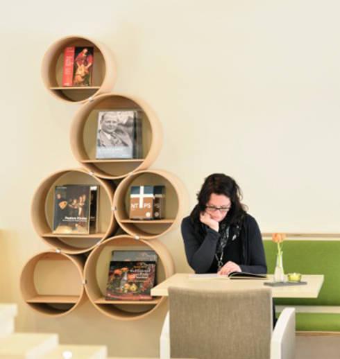 Oficinas y tiendas de estilo  por Kißkalt Designs