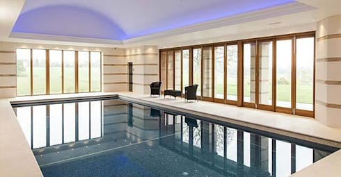 Swimming pool with sauna and steam room Batts Hall: modern Spa by Leisurequip Limited