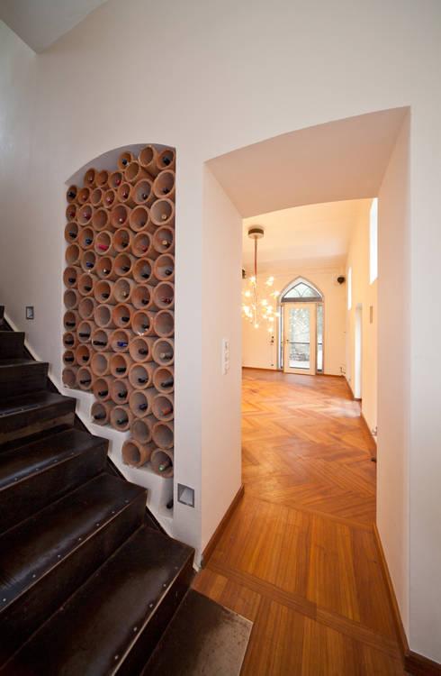 Wandgestaltung treppenhaus flur  Treppenhaus-Gestaltung mit Marmorputz, Gesindehaus, Bad Hönningen ...