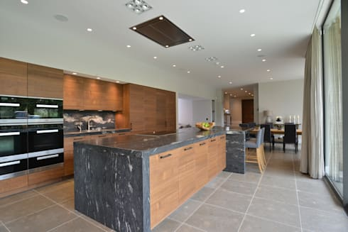 KIM & DANNY'S KITCHEN:   by Diane Berry Kitchens
