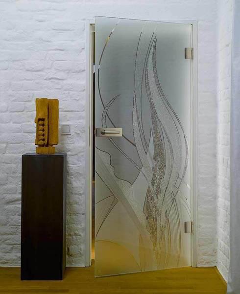 Glastüren, Design Vertiko 134:  Fenster & Tür von kepka ART