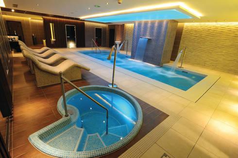 Health spas installation from Leisurequip: modern Spa by Leisurequip Limited