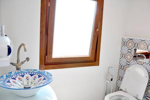 bathroom : eclectic Bathroom by AreDEKO & AreSETS