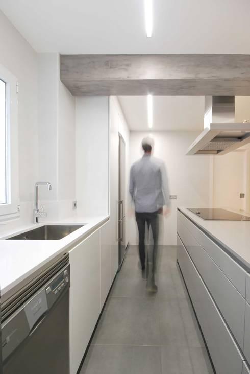 Кухни в . Автор – Nan Arquitectos