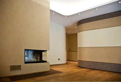 Zona Caminetto: Soggiorno in stile in stile Moderno di Studio 06
