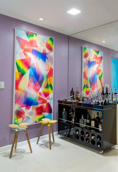Milla Holtz Arquitetura의  와인 저장실