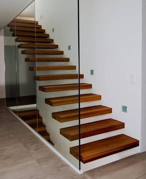 Escalier marche en porte à faux von Passion Bois | homify