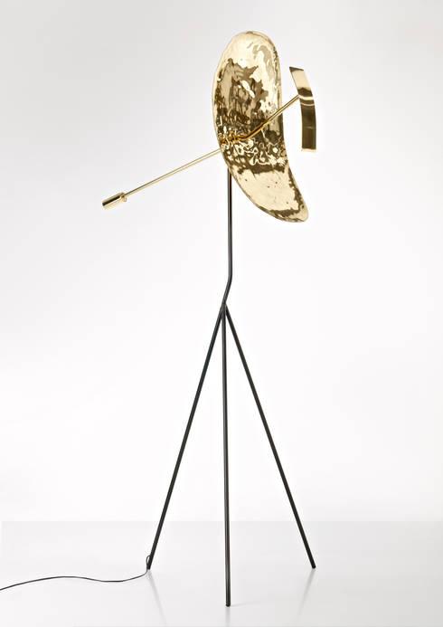 lampada RIBOT: Arte in stile  di Alessandro Mason