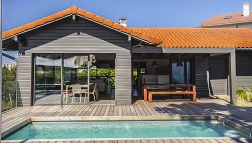 voiles d 39 ombrage et canap outdoor biarritz par la maison ehia homify. Black Bedroom Furniture Sets. Home Design Ideas