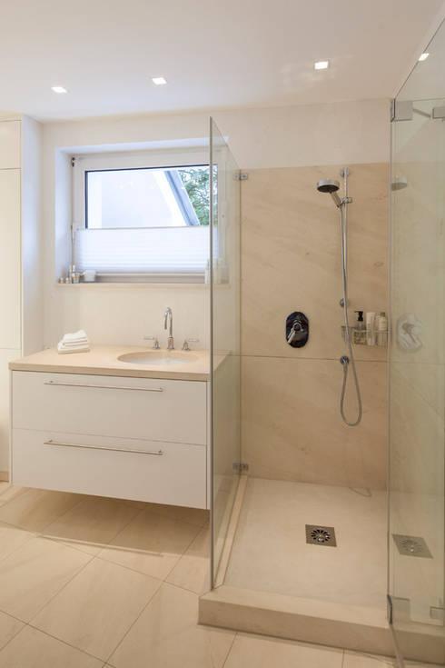 marmorputz trifft naturstein von einwandfrei innovative malerarbeiten ohg homify. Black Bedroom Furniture Sets. Home Design Ideas