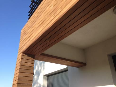 Habillage d 39 un balcon avec un bardage peuplier - Habillage balcon ...