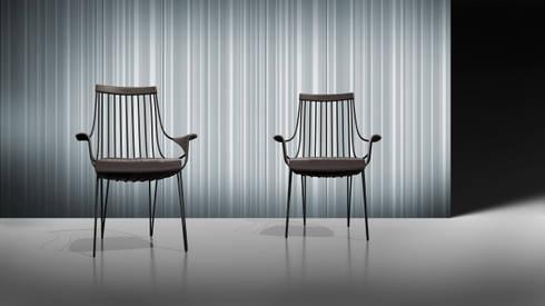 Diva sedia: Sala da pranzo in stile in stile Moderno di VALDICHIENTI