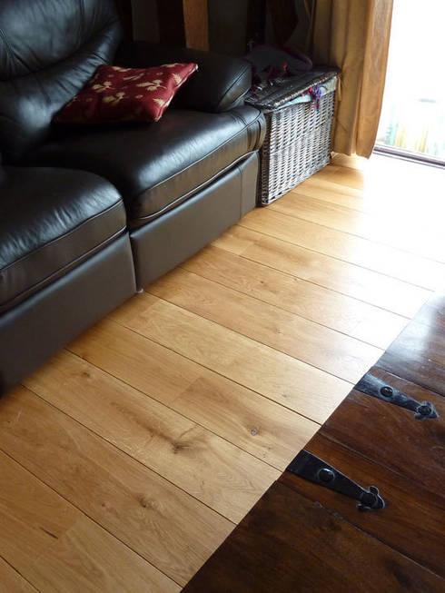 Braintree essex - Unfinished solid oak flooring:  Walls & flooring by Fine Oak Flooring Ltd.
