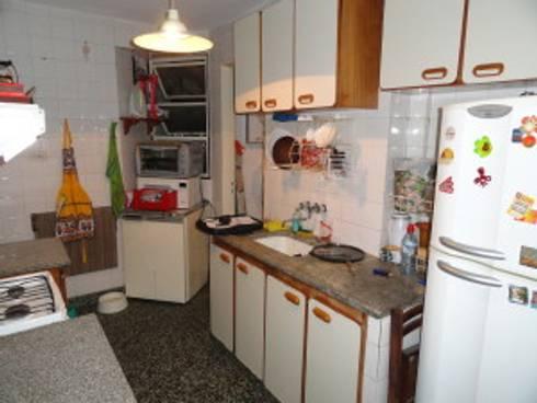Cocina calle Charcas  :  de estilo  por Villazala-Elias Arquitectos