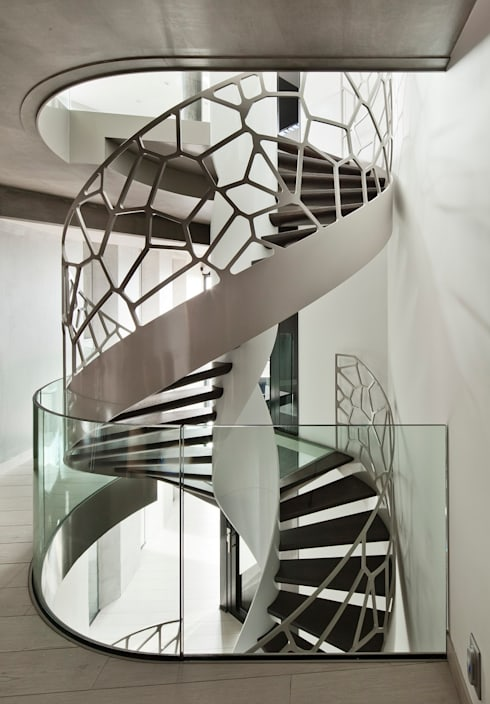 TransParancy by EeStairs® - Glazen balustrades: moderne Gang, hal & trappenhuis door EeStairs | Stairs and balustrades