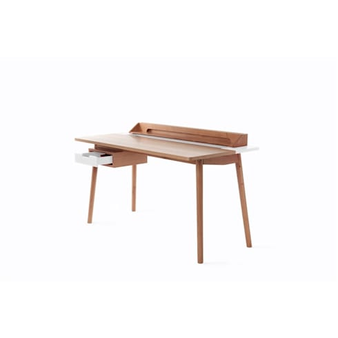 Desk Honoré in white: modern Study/office by La Corbeille Éditions