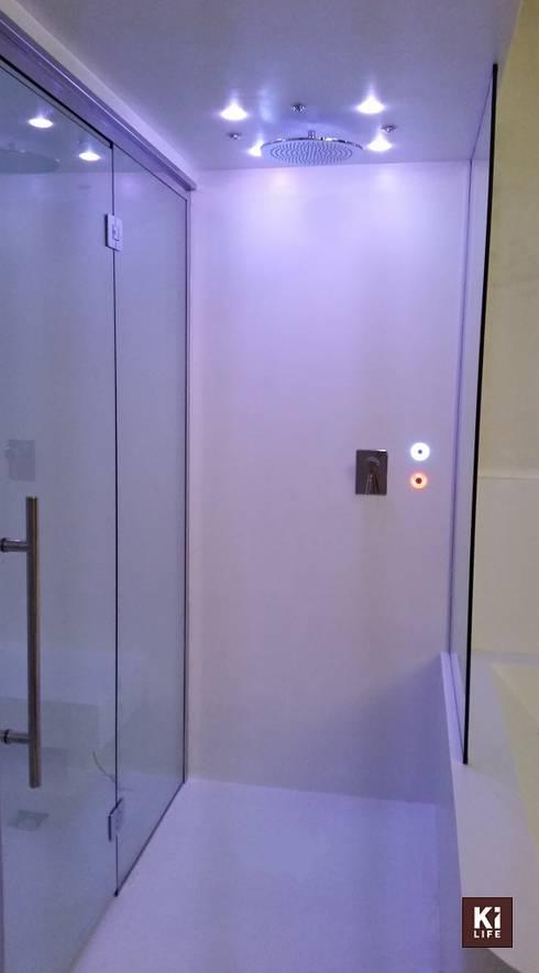 Hotel Spadai_Kilife centro benessere: Bagno in stile  di ki life  Wellness Operator