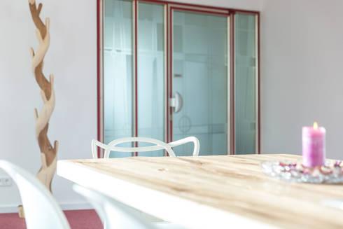 Symbiose aus Alt und Neu:  Geschäftsräume & Stores von Wohnwert Innenarchitektur
