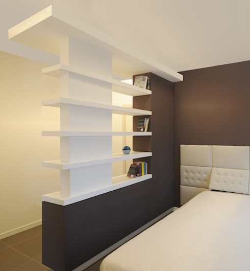 GRAZIANIDICEMBRINO CASA G+M : Camera da letto in stile in stile Minimalista di GRAZIANI & DICEMBRINO