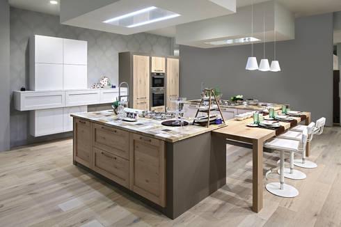 CURRY ED E' SEMPRE SHOW COOKING: Cucina in stile in stile Moderno di ARREX LE CUCINE