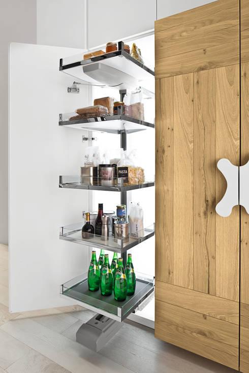 IL BON TON DI OFFICINA DESIGN: Cucina in stile in stile Eclettico di ARREX LE CUCINE