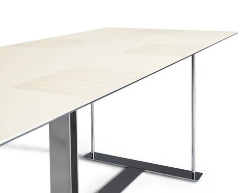 <q class='-first'>6 A TAVOLA</q> design Italo Rota:  in stile  di MERITALIA