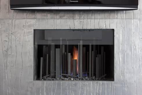 Metropolis Fire: modern Living room by BD Designs