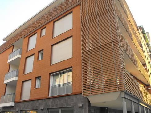 Edificio residenziale via Carducci, 8 Cinisello B.mo:  in stile  di Studio Guzzo & Partner