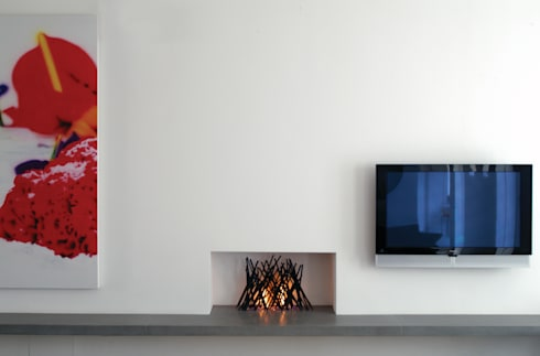 Irons in the fire: modern Living room by BD Designs