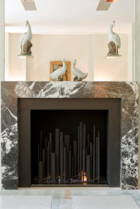 Salon de style de style Moderne par BD Designs