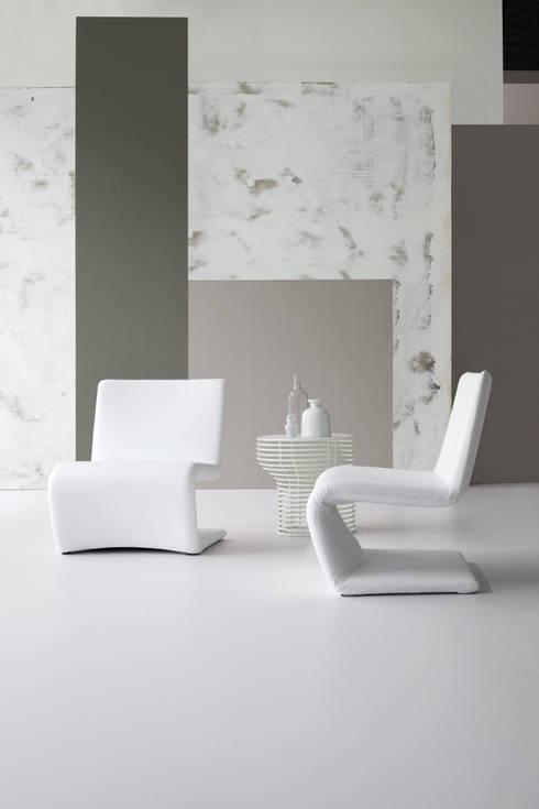 Salas de estilo  por BARTOLI DESIGN