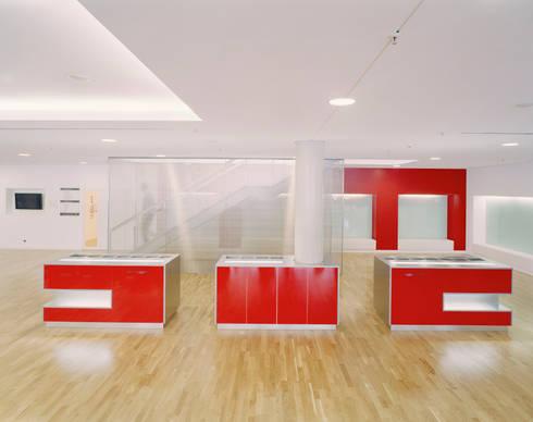 holmes place l beck von sehw architektur gmbh homify. Black Bedroom Furniture Sets. Home Design Ideas