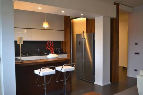 BC House:  in stile  di Grazia Puzziferri Architetto