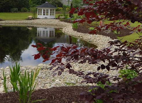 <q class='-first'>By the waters edge</q>: country Garden by Kevin Cooper Garden Design