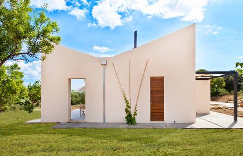 Casa en Selva, Mallorca: Casas de estilo moderno de Joan Miquel Segui Arquitecte