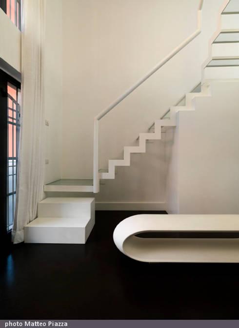 Twin loft_loft B:  in stile  di FEDERICO DEL ROSSO