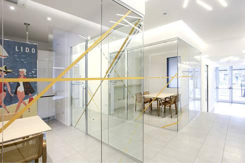 Uffici Union Lido Park & Resort: Complessi per uffici in stile  di Studio15 Design