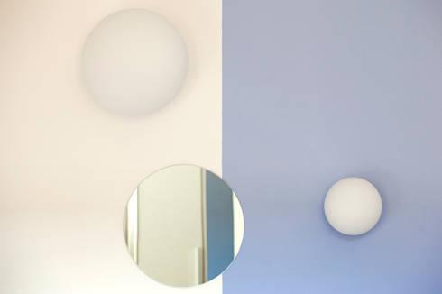Camera da letto: Case in stile in stile Minimalista di BRENSO Architecture & Design