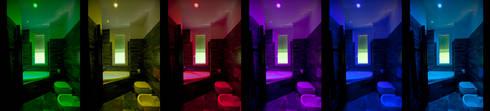 Cromoterapia in bagno: Case in stile in stile Minimalista di BRENSO Architecture & Design