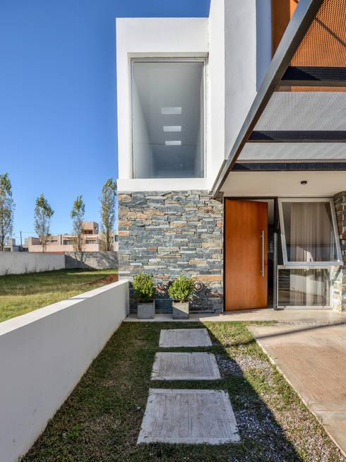 Projekty,  Domy zaprojektowane przez Estudio A+3