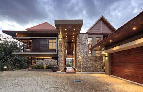 SGNW House: modern Houses by Metropole Architects - South Africa