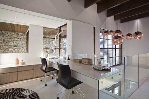 SGNW House: modern Study/office by Metropole Architects - South Africa