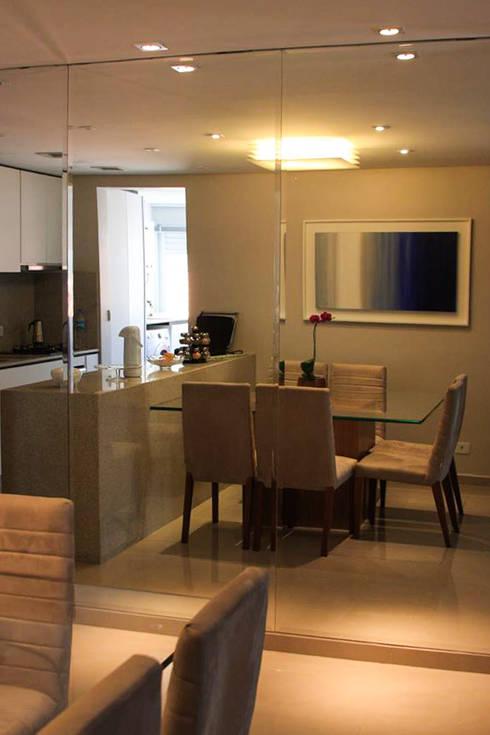 Jantar: Salas de jantar modernas por Studio Gorski Arquitetura