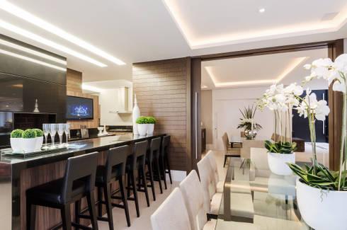 Gourmet Casa Boulevard: Cozinha  por Arquitetare