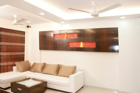 Living area:  Houses by Squaare Interior