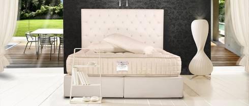 Cabecero: Dormitorios de estilo  de Tapineda, Artesanía del Tapizado