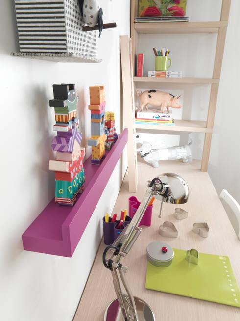 Habitaciones infantiles de estilo  por MOBIMIO - Räume für Kinder